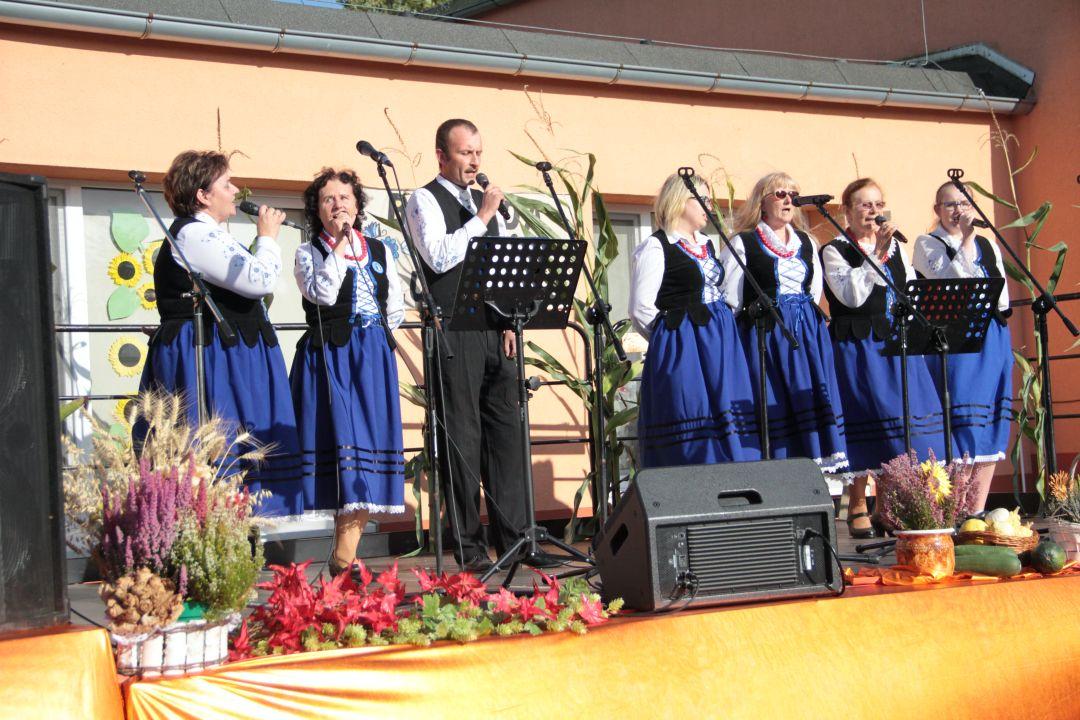 Grafika z biesiady po Lutowsku